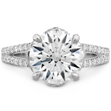 Hearts on Fire The Austen Diamond Ring in Platinum