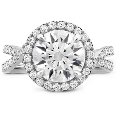 Hearts on Fire The Stella Diamond Ring in Platinum